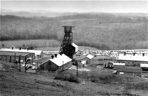 A view of the Collier Mine tipple and mine buildings.