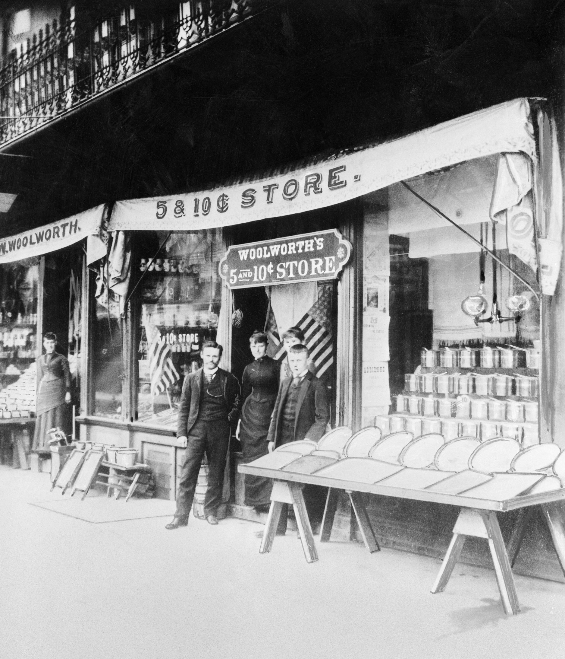 Image Five and dime stores history