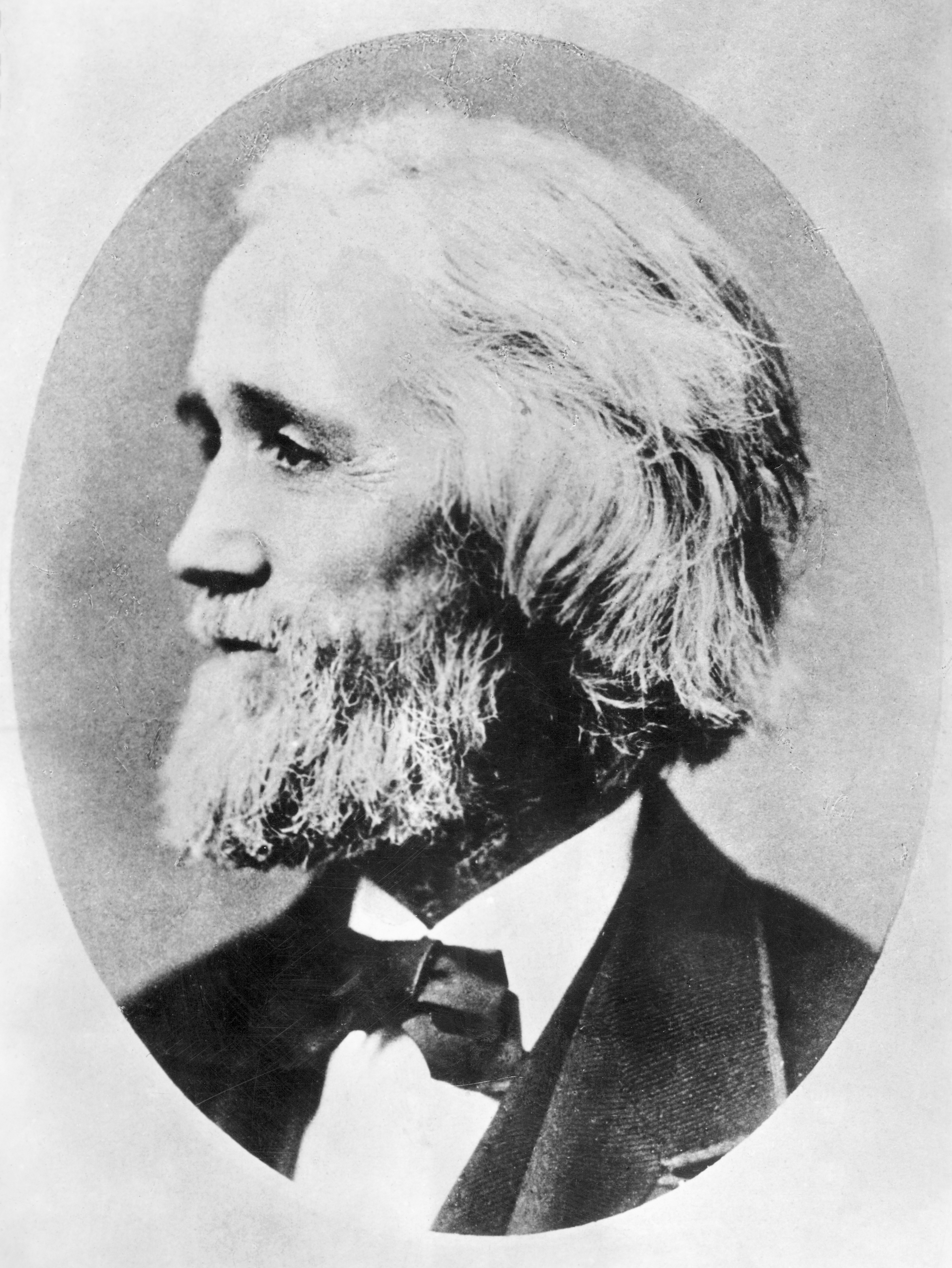 who invented the typewriter 1829 — today, william austin burt patented the first typographer (typewriter)   that the first practical typewriter was invented by christopher latham sholes,.
