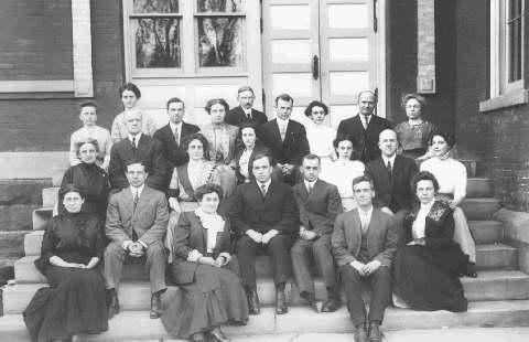 Group photograph of Edinboro Faculty, 1913