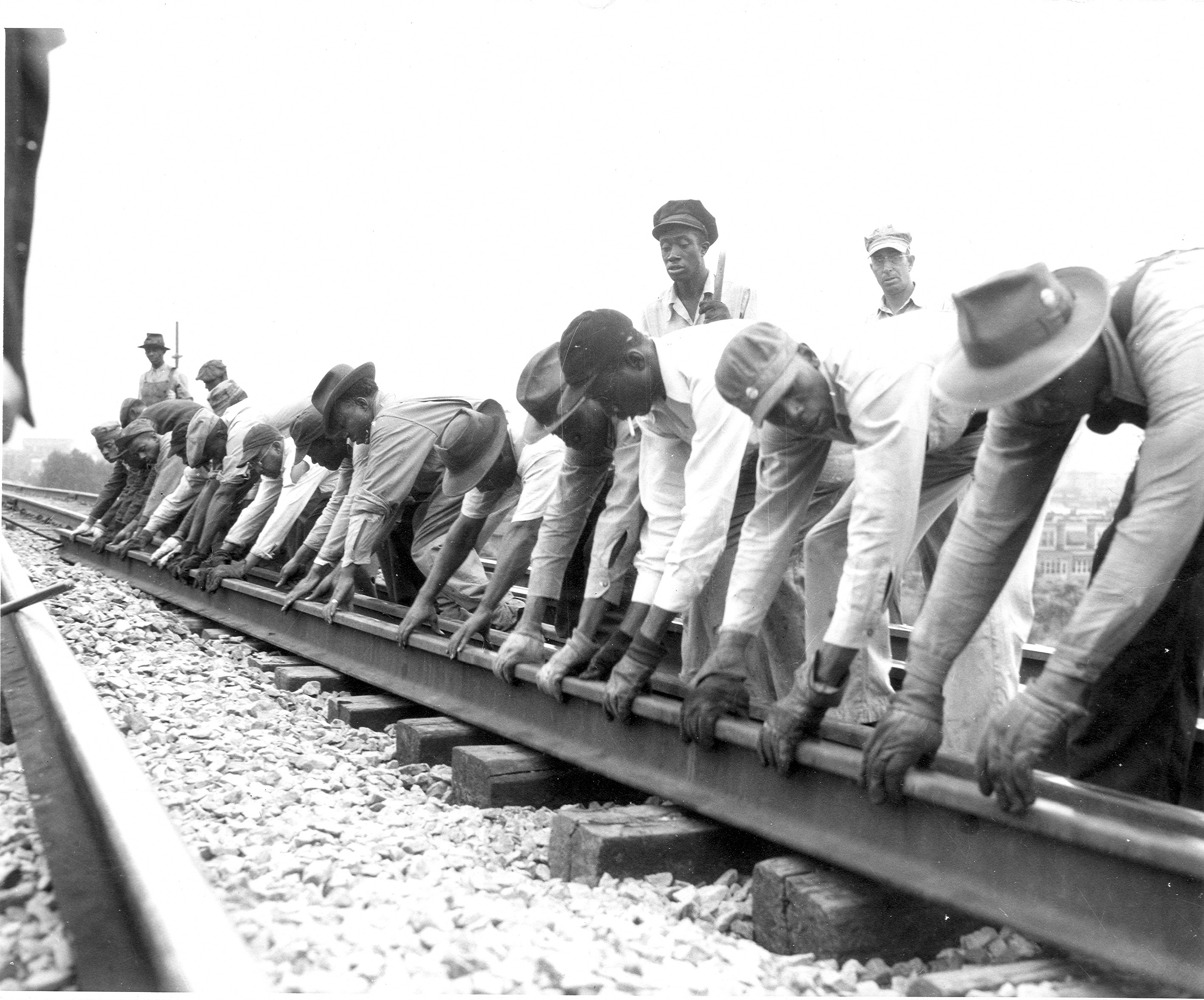 an overview of the construction of a railroad by the chinese workers in the united states The chinese exclusion act resulted in banning which group from immigrating to the united states chinese laborers during the construction of the first transcontinental railroad, the central pacific railroad started in california and built the railroad east to promontory point, utah, where it was connected with the railroad built from the east.