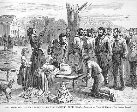 An illustration showing a dead man laid out on a stretcher, surrounded by onlookers. Nearby, a woman, presumably his widow, is visibly grief-stricken.