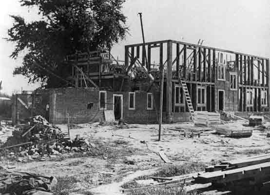 Pennsbury Manor was reconstructed from archaeological findings and descriptions in Penn's papers. Construction began in 1937, and was completed in 1939.
