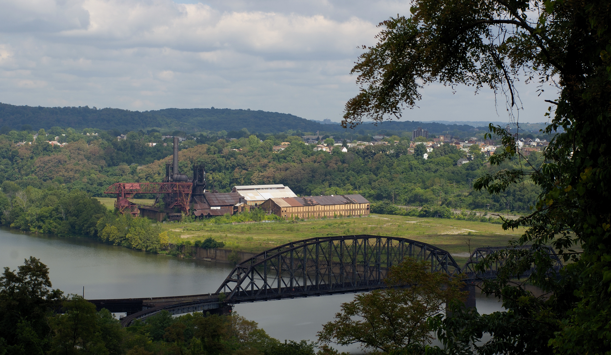 Beautiful color photograph of the pennsylvania landscape and carrie